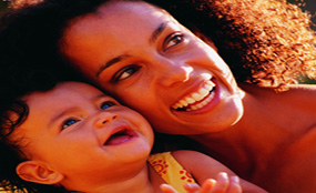 婴幼儿健康 - 陪婴儿嬉戏